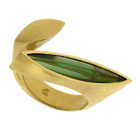 18K and Green Tourmaline Ring