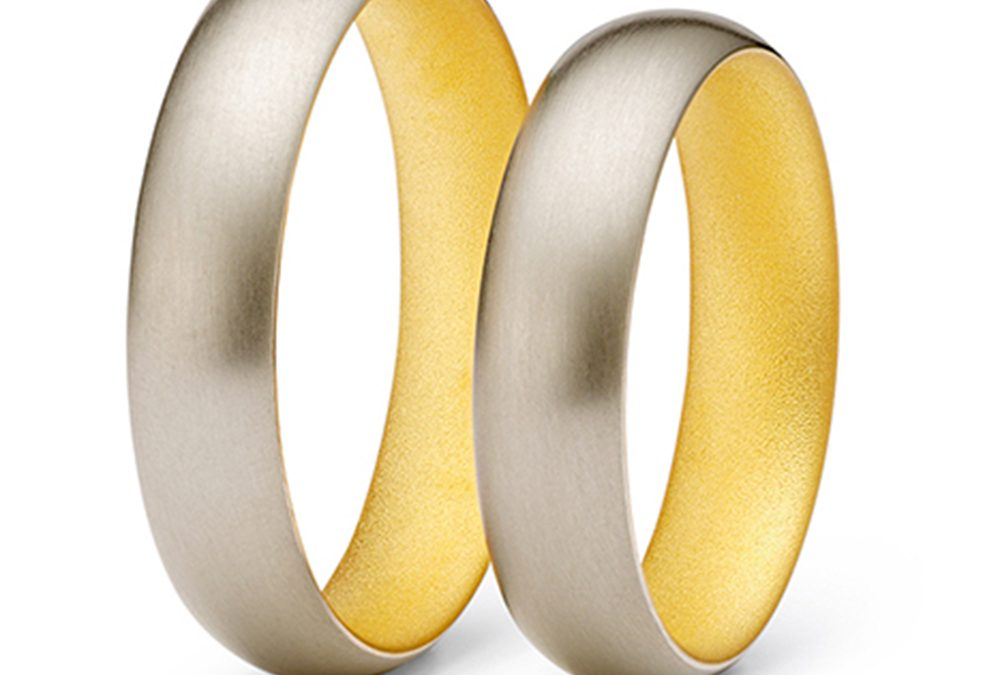 Niessing: Grey Gold and 24K Gold Wedding Band